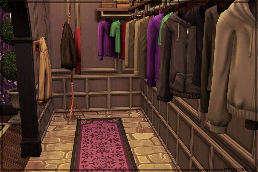 Prescott Manor Cloakroom